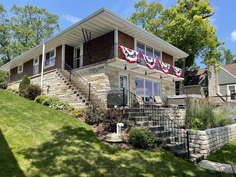 W342N4906 Lindy Ln, Oconomowoc, Wisconsin 53058, 3 Bedrooms Bedrooms, 7 Rooms Rooms,2 BathroomsBathrooms,Single-Family,For Sale,Lindy Ln,1753444