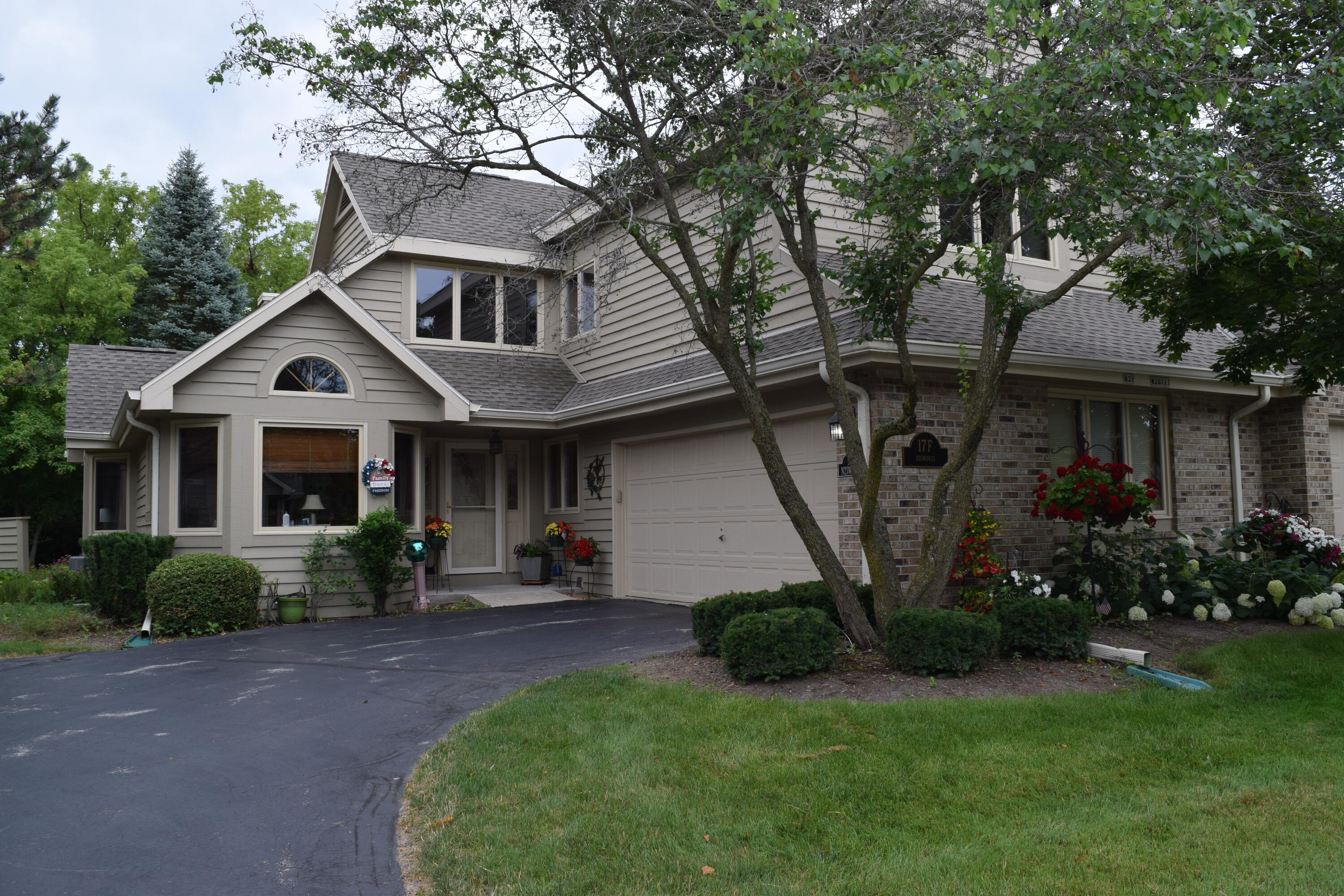 N21W24113 Dorchester Dr, Pewaukee, Wisconsin 53072, 2 Bedrooms Bedrooms, ,2 BathroomsBathrooms,Condominiums,For Sale,Dorchester Dr,1,1754382