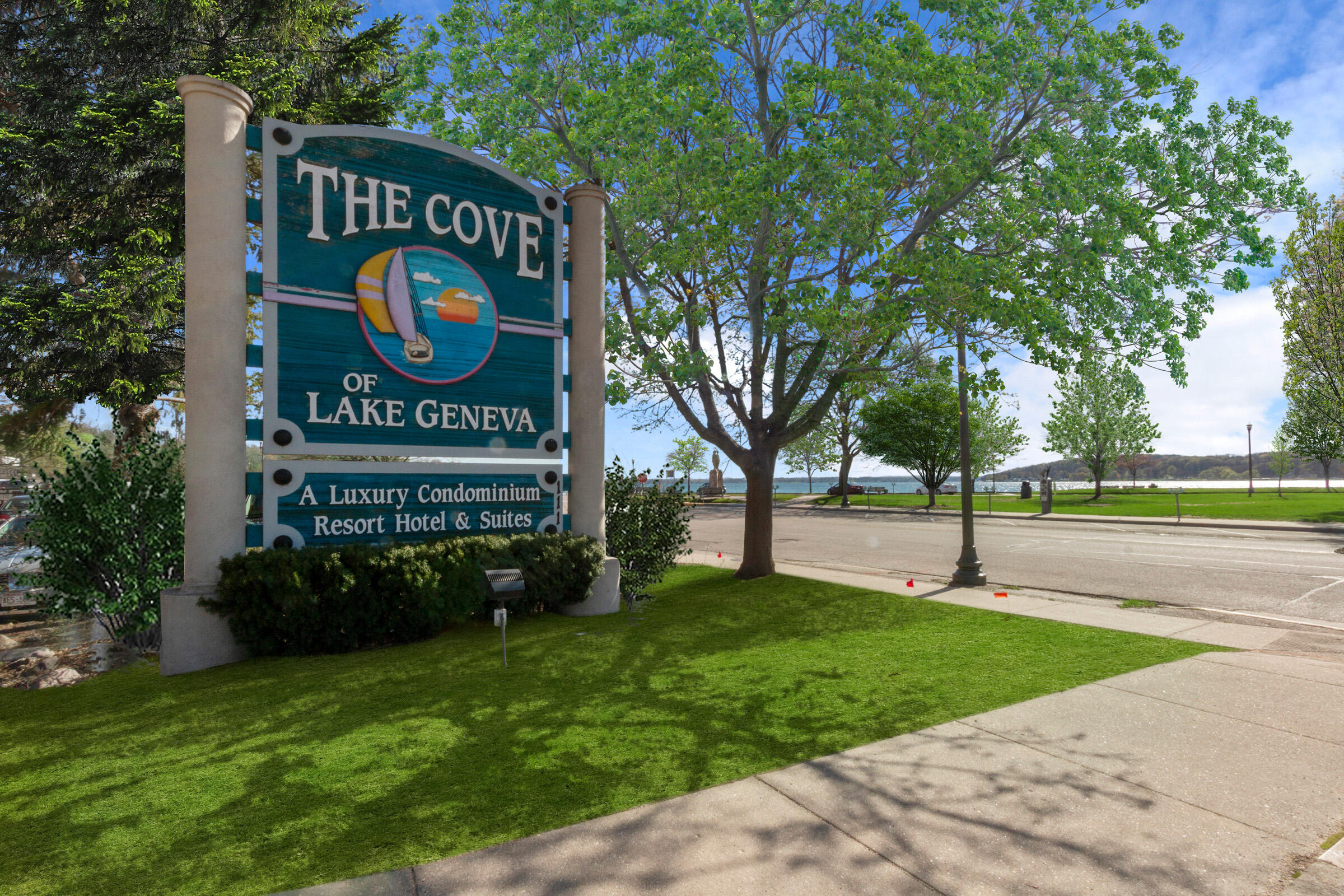111 Center St, Lake Geneva, Wisconsin 53147, 1 Bedroom Bedrooms, ,1 BathroomBathrooms,Condominiums,For Sale,Center St,2,1754629