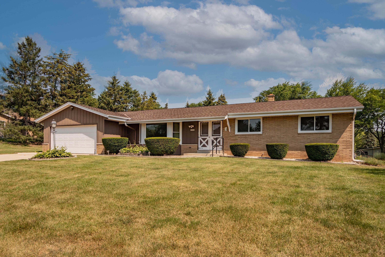 16930 Eldorado Dr, Brookfield, Wisconsin 53005, 3 Bedrooms Bedrooms, 6 Rooms Rooms,1 BathroomBathrooms,Single-Family,For Sale,Eldorado Dr,1754671