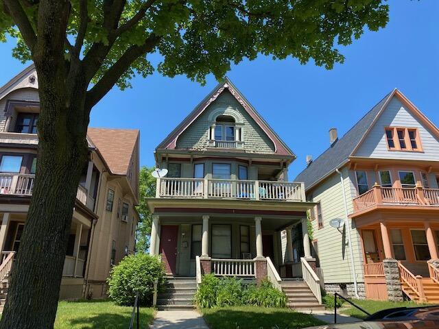 3230 McKinley Blvd, Milwaukee, Wisconsin 53208, 3 Bedrooms Bedrooms, 7 Rooms Rooms,1 BathroomBathrooms,Two-Family,For Sale,McKinley Blvd,1,1755456