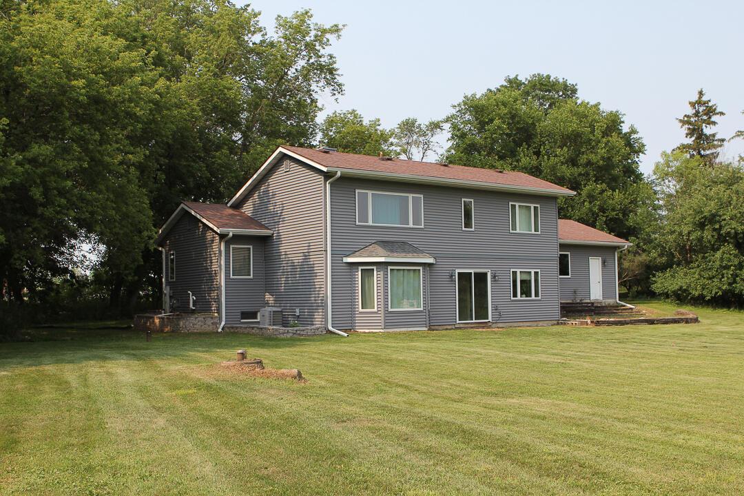 N46W23423 Lindsay Rd, Pewaukee, Wisconsin 53072, 3 Bedrooms Bedrooms, ,2 BathroomsBathrooms,Single-Family,For Sale,Lindsay Rd,1755025