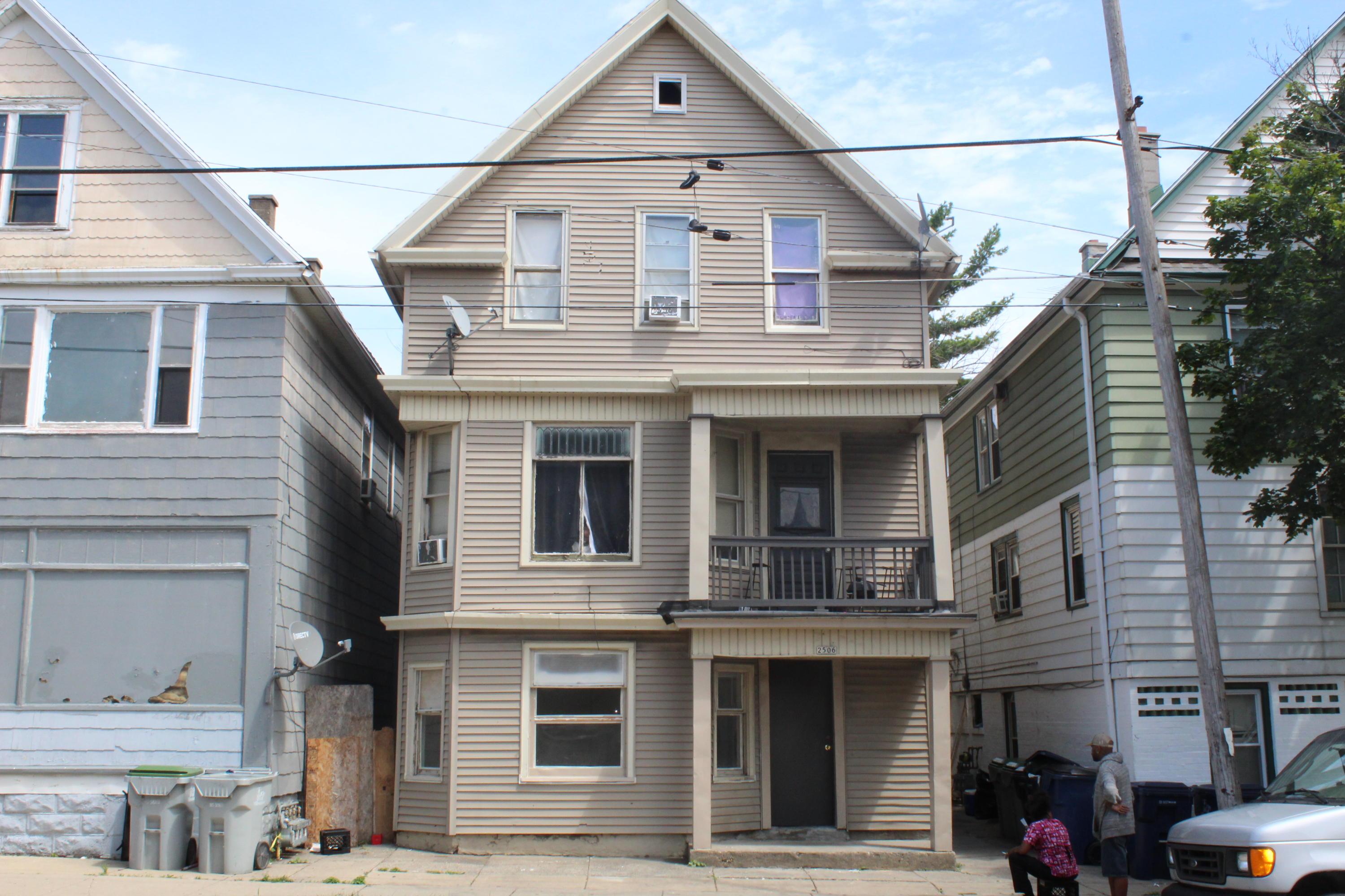 2506 6th St, Milwaukee, Wisconsin 53215, ,Multi-Family Investment,For Sale,6th St,1755521