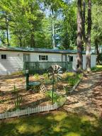 W5693 Pines LN, Middle Inlet, WI 54177