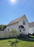 1431 Garfield Ave, Marinette, WI 54143