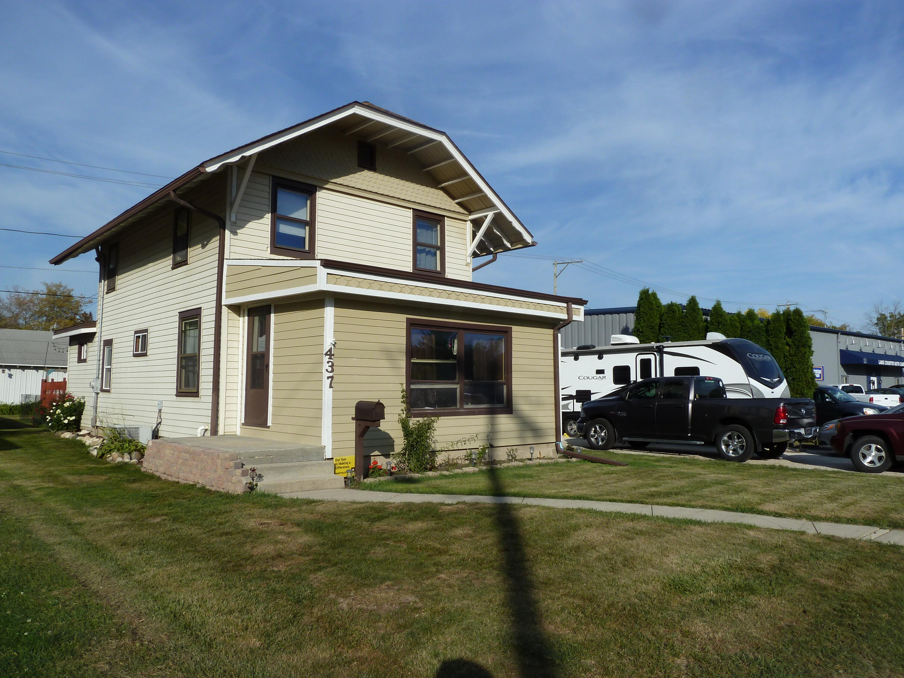 437 Hickory St, Pewaukee, Wisconsin 53072, 3 Bedrooms Bedrooms, 6 Rooms Rooms,1 BathroomBathrooms,Single-Family,For Sale,Hickory St,1765924