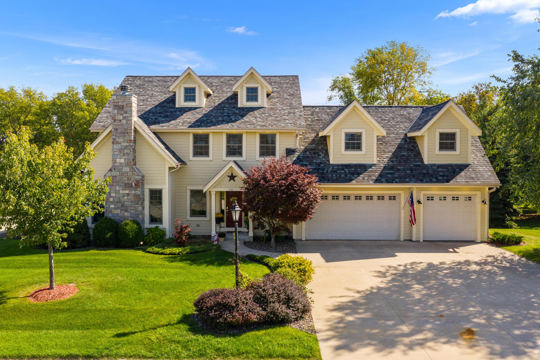 541 Cassie Lynn Ln, Oconomowoc, Wisconsin 53066, 4 Bedrooms Bedrooms, 14 Rooms Rooms,3 BathroomsBathrooms,Single-Family,For Sale,Cassie Lynn Ln,1766121