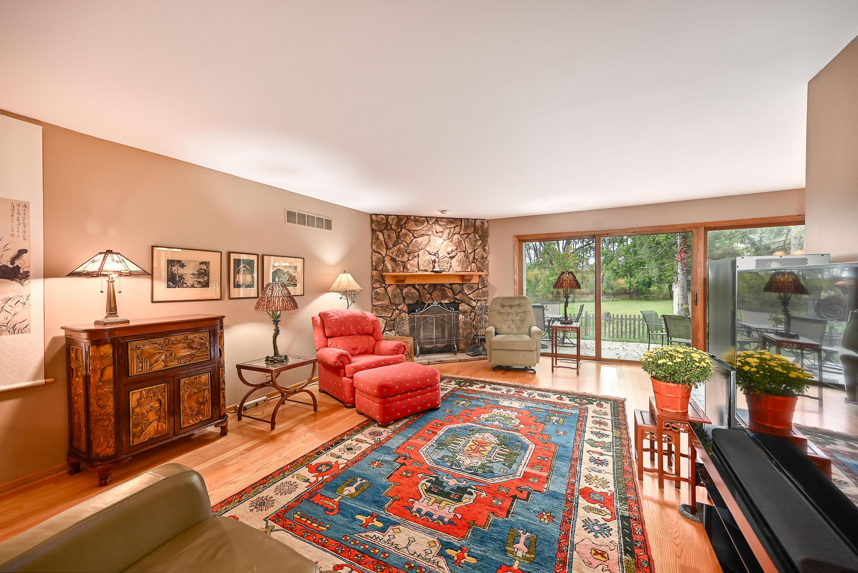 18940 Wilderness Ct, Brookfield, Wisconsin 53045, 2 Bedrooms Bedrooms, 5 Rooms Rooms,2 BathroomsBathrooms,Condominiums,For Sale,Wilderness Ct,1,1766611