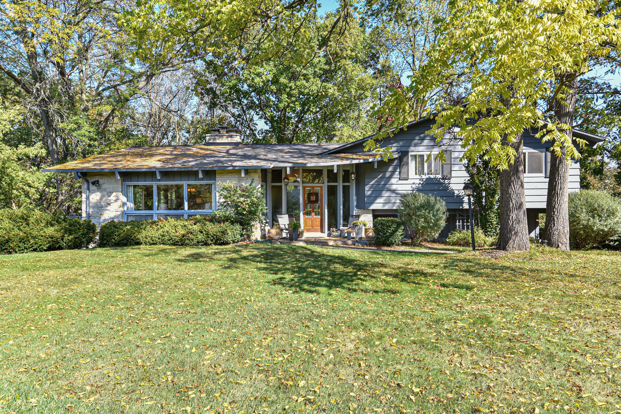 15220 Woodbridge Rd, Brookfield, Wisconsin 53005, 4 Bedrooms Bedrooms, 10 Rooms Rooms,2 BathroomsBathrooms,Single-Family,For Sale,Woodbridge Rd,1767141