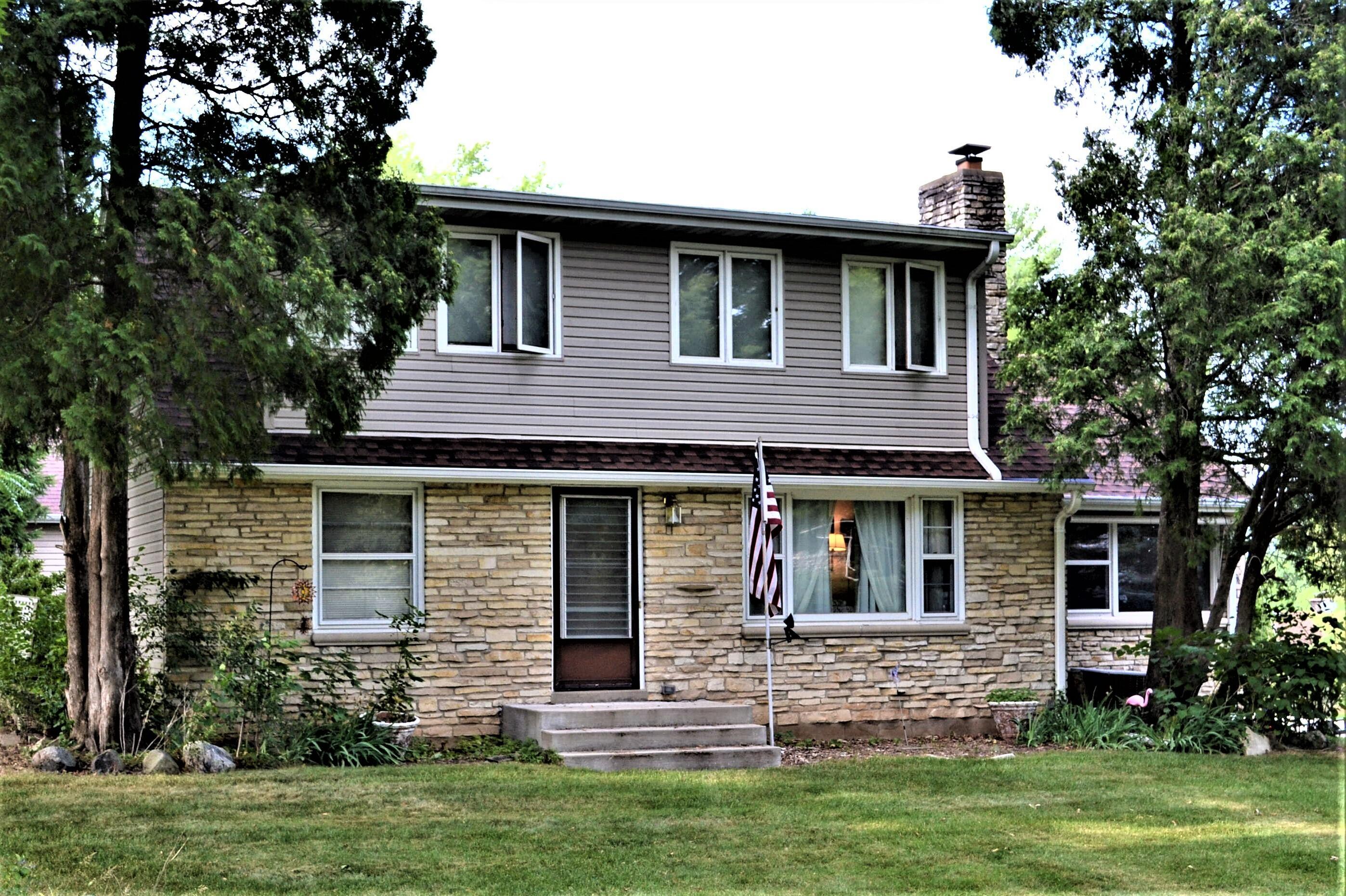 13340 Tremont St, Brookfield, Wisconsin 53005, 4 Bedrooms Bedrooms, 7 Rooms Rooms,2 BathroomsBathrooms,Single-Family,For Sale,Tremont St,1767345