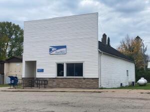 W15075 Dutton Ave, Amberg, WI 54102
