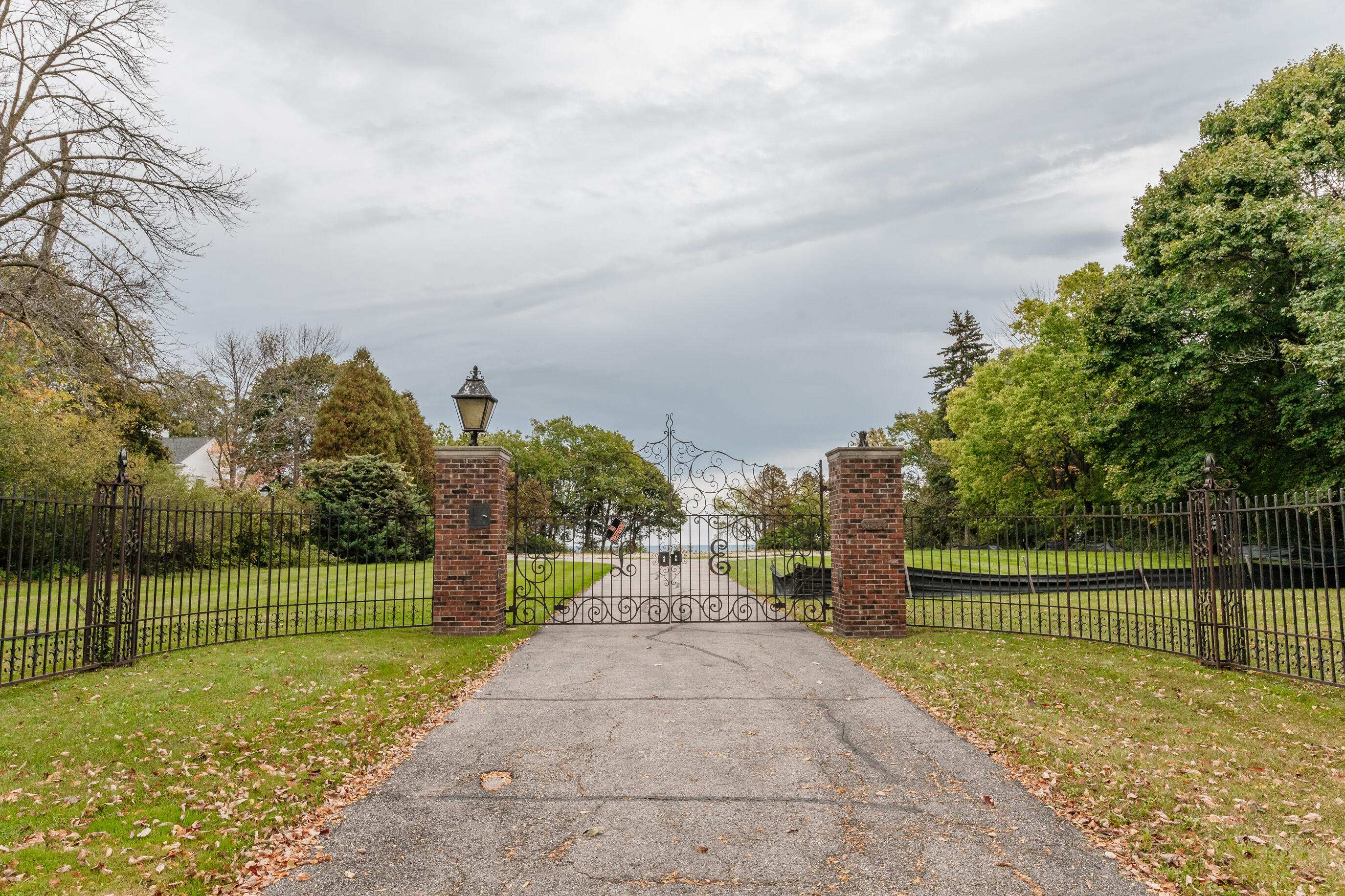 3534 Lake Dr, Shorewood, Wisconsin 53211, ,Vacant Land,For Sale,Lake Dr,1768237