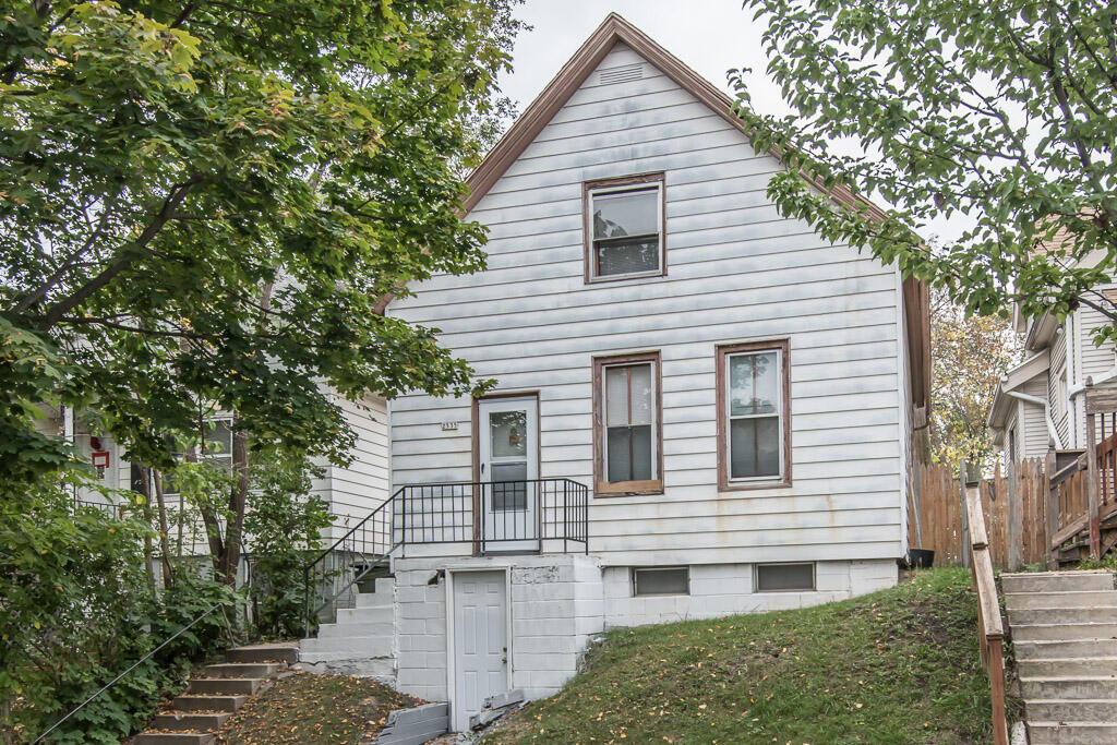 2535 7th St, Milwaukee, Wisconsin 53215, 3 Bedrooms Bedrooms, 5 Rooms Rooms,1 BathroomBathrooms,Single-Family,For Sale,7th St,1768296