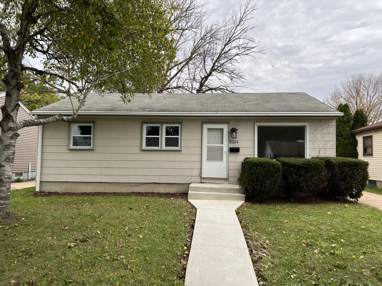 8314 Herbert Ave, Milwaukee, Wisconsin 53218, 3 Bedrooms Bedrooms, ,1 BathroomBathrooms,Single-Family,For Sale,Herbert Ave,1768266