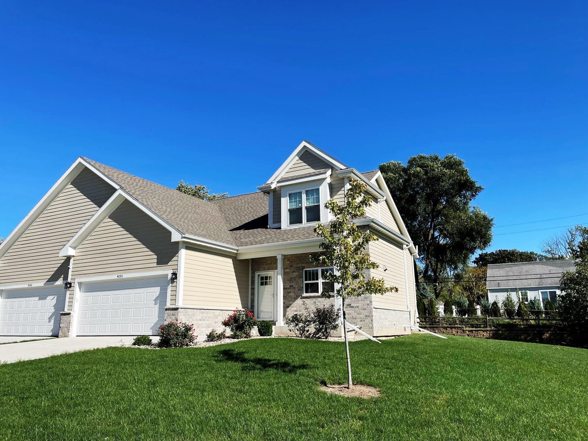 4030 Wyndham Pointe Cir, Brookfield, Wisconsin 53005, 3 Bedrooms Bedrooms, 8 Rooms Rooms,2 BathroomsBathrooms,Condominiums,For Sale,Wyndham Pointe Cir,2,1768234