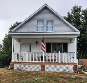 735 Currie St, Marinette, WI 54143