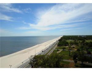 2228 Beach Dr 1306, Gulfport, MS 39507
