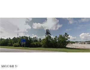 8400 Oaklawn Rd, Biloxi, MS 39532