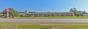 7304 Washington Ave, Ocean Springs, MS 39564
