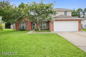 17 Lakeview Dr