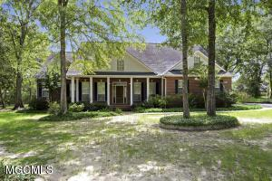 13601 Country Trl, Vancleave, MS 39565