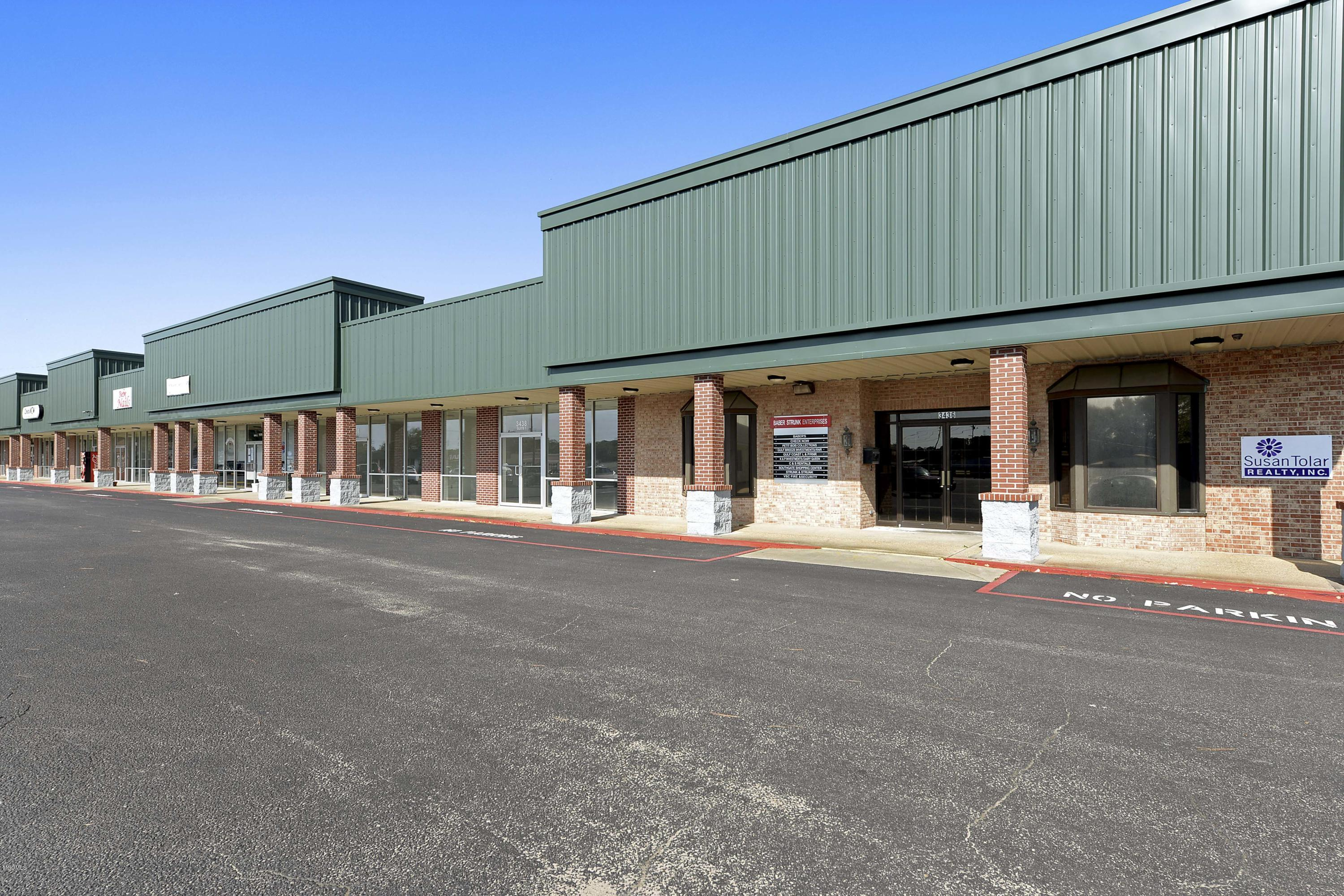 3502 Main St Moss Point MS 39563