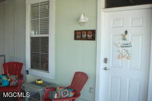 699 Dunbar Ave. Ave, 302