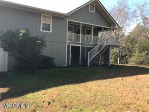11243 Creek Dr, Gulfport, MS 39503