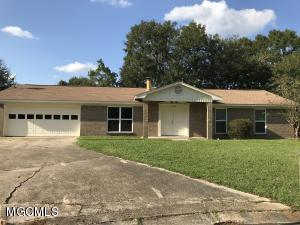 Great 3 bedroom 2 bath family home on a cul-de-sac in Fort Bayou Estates Subdivision. Very open with a great sunroom and fenced in back yard. Double car garage.  Ocean Springs school district