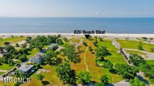 826 Beach Dr Gulfport MS 39507
