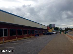 10090 Central Ave, D'Iberville, MS 39540