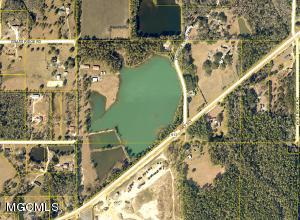 13013 Ms-613, Moss Point, MS 39562