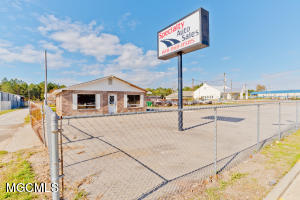 3215 25th Ave, Gulfport, MS 39501