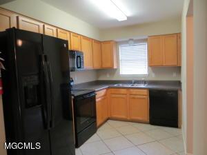 1625 Martin Bluff Rd Rd, Gautier, MS 39553