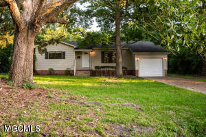 1 39th St, Gulfport, MS 39507