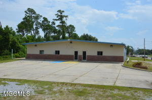 400 Clarence Ave Pass Christian MS 39571