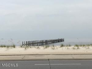 1530 Beach Blvd, Biloxi, MS 39530