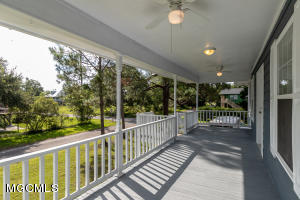 501 Clarence Ave, Pass Christian, MS 39571