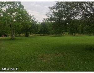 4236 Brodie Rd, D'Iberville, MS 39540