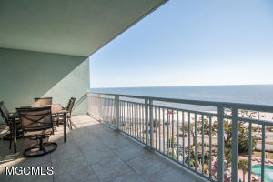 2230 Beach Dr Unit: 808 Gulfport MS 39507