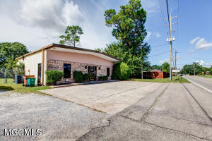 19197 Commission Rd Long Beach MS 39560