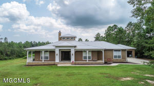 13008 Little Bluff Dr, Vancleave, MS 39565