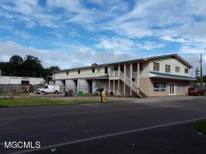 10235 Gorenflo Rd, D'Iberville, MS 39540