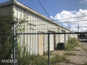 10261 Diberville Blvd, D'Iberville, MS 39540