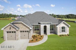 7912 Village Green Dr, Biloxi, MS 39532