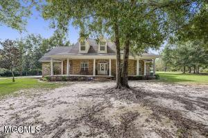 7960 Morning Glory Rd, Vancleave, MS 39565