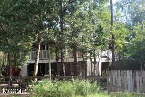 1008 Juanita St, Ocean Springs, MS 39564
