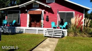 4412 Ford St, Gulfport, MS 39501