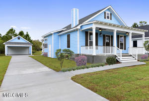 213 White Harbor Rd, Long Beach, MS 39560