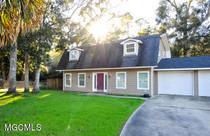 1 Earline Ct, Long Beach, MS 39560